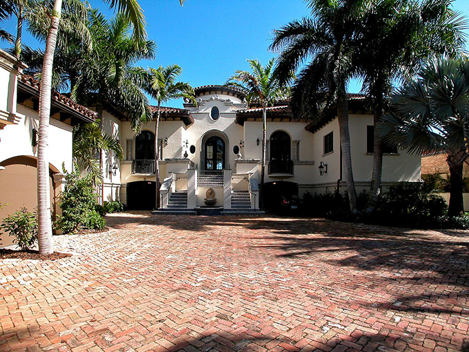 Celebrity Homes in Miami celebrity homes in miami Most Amazing Celebrity Homes in Miami Ricky Martin