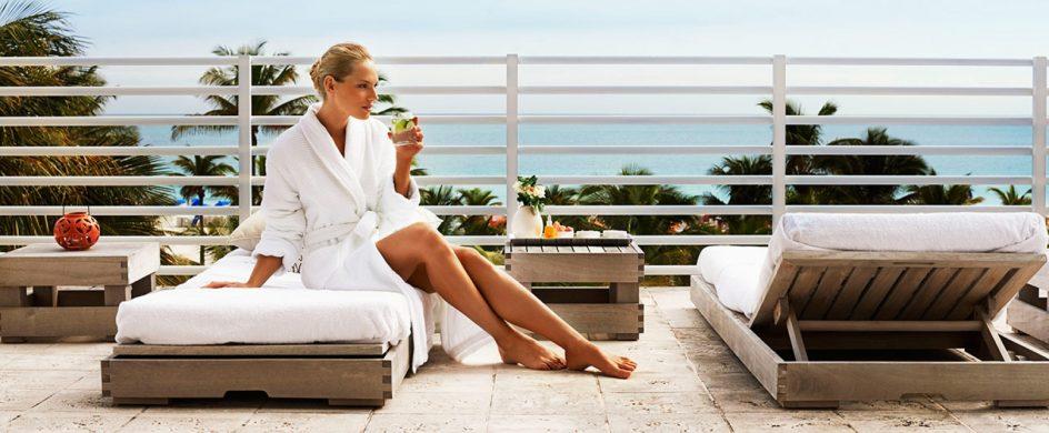 """TOP 10 Finest Luxury Resorts in Miami"""