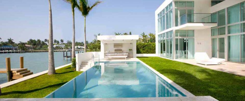 """Amazing Tropical House in Miami Beach"""