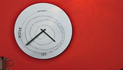 """The Most Beautiful Modern Clocks for a Beach House"""