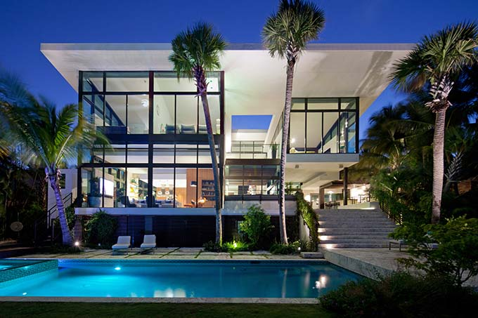 Luxury Lifestyle: The Best Vacation Houses In Miami