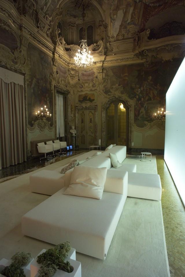1445c203b397bd6fa00c75ac1fb5f47e  Top 20 modern sofas for a family room 1445c203b397bd6fa00c75ac1fb5f47e