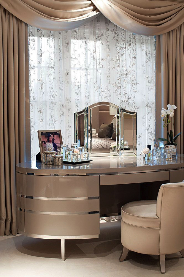Dressing Tables For A Luxury Bedroom Decor