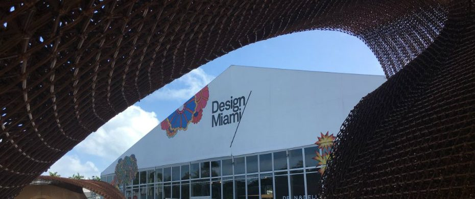 MIAMI DESIGN WEEK MIAMI DESIGN WEEK BUILDING A SUSTAINABLE FUTURE Design Miami entrance 930x390