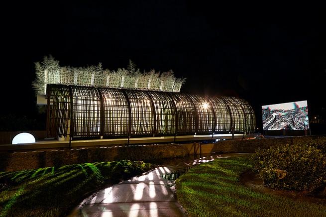 Art Basel  Reconstruction of the Universe by Sun Xun Art Basel Miami Art Basel Miami: Reconstruction of the Universe by Sun Xun sun xun bamboo installation audemars piguet miami art week 2016 designboom 15