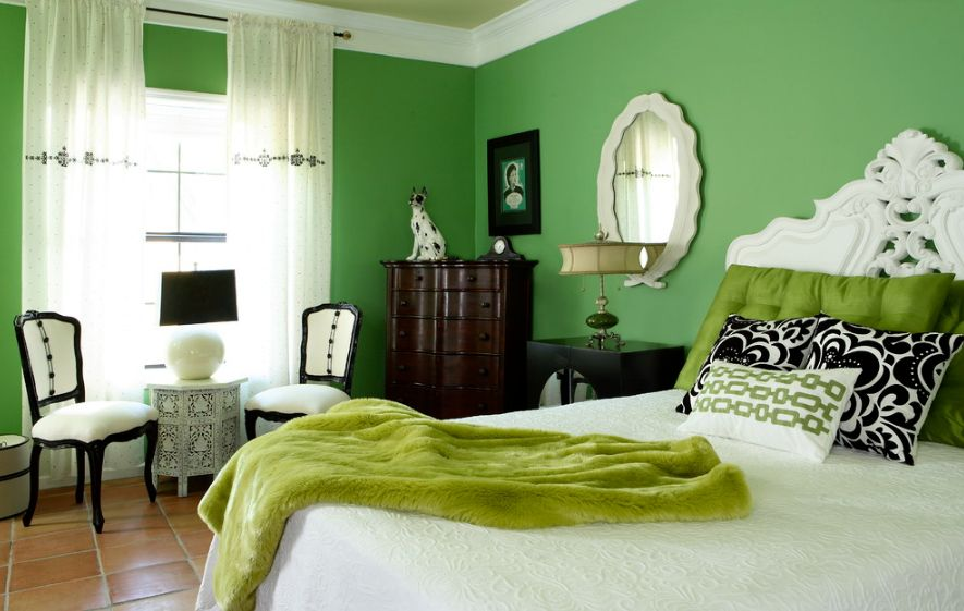 vibrant-green-bedroom PANTONE COLOR OF THE YEAR 2017 TREND FROM PANTONE COLOR OF THE YEAR vibrant green bedroom