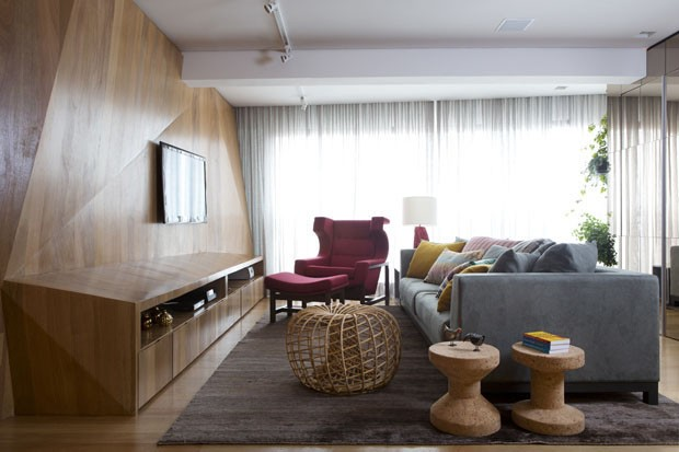 CHIC SMALL LIVING ROOMS INTERIOR DESIGN TIPS FOR CHIC SMALL LIVING ROOMS cv336 triplex guto requena 13